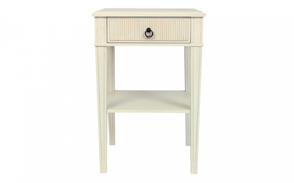 victoria_bedside_table